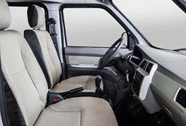 9 seater minivan